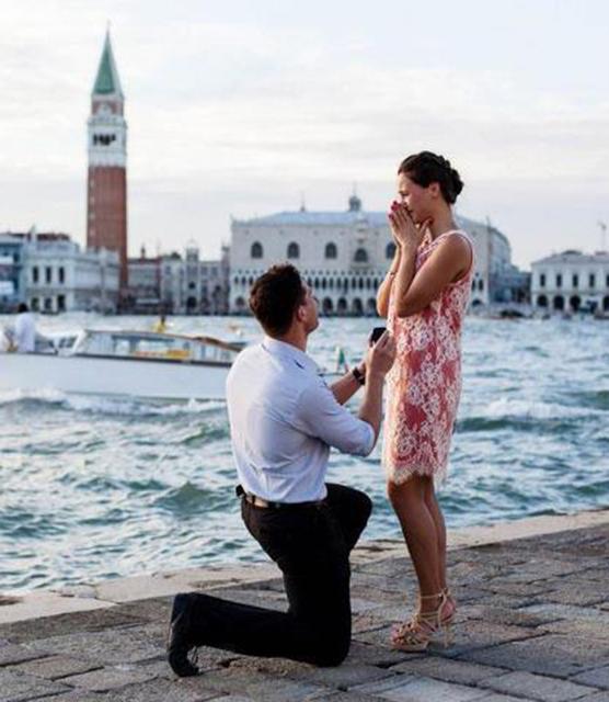 Ficar de joelhos - Pedido de casamento