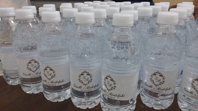 lembrancinha-de-noivado-garrafa-de-agua-personalizada