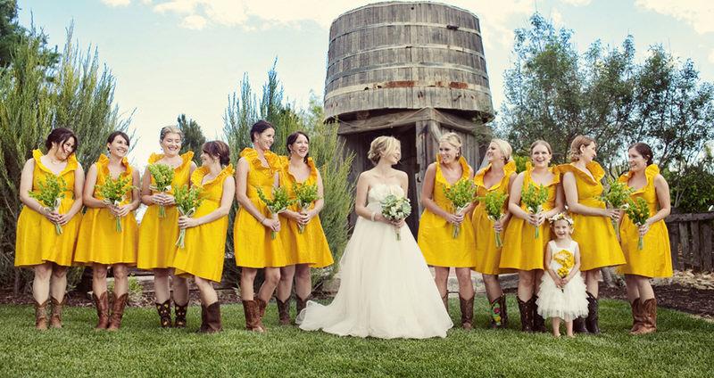 madrinha-casamento-fazenda-cores-alegres