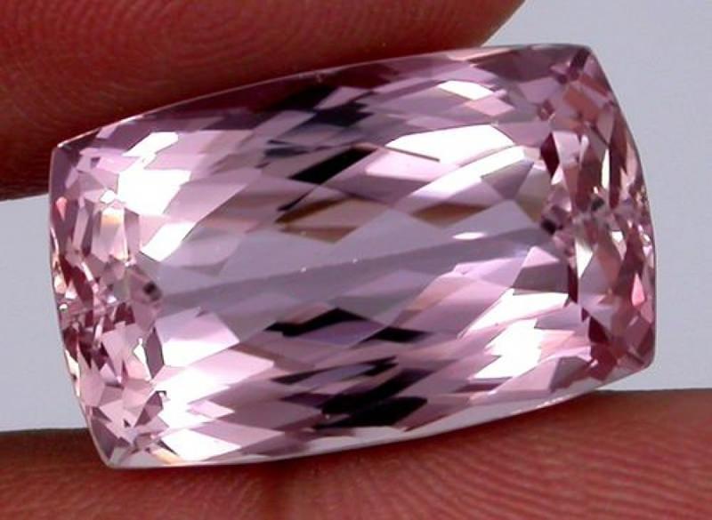 pedras-preciosas-mais-raras-Poudreteita