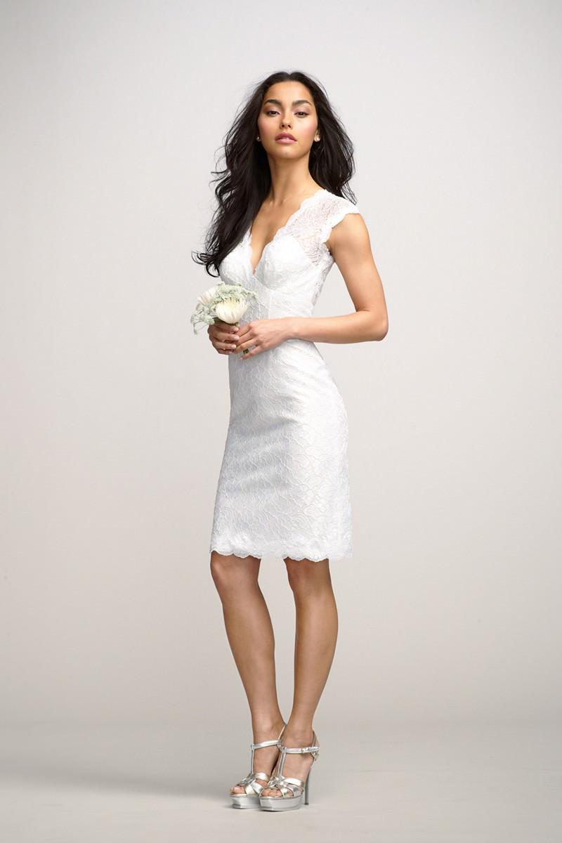 vestido-de-noiva-curto-decote-v