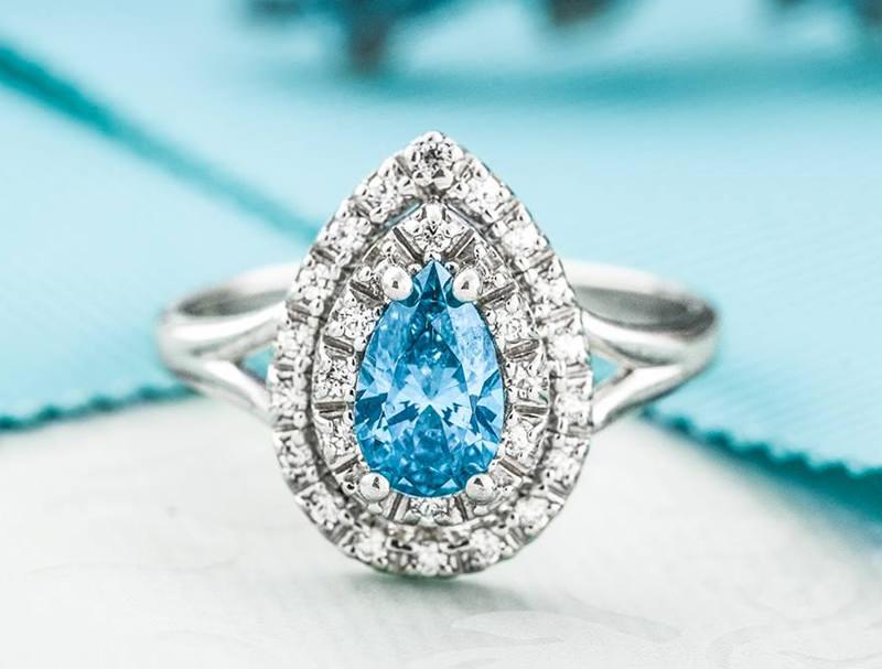 04-anel-de-noivado-topazio-azul