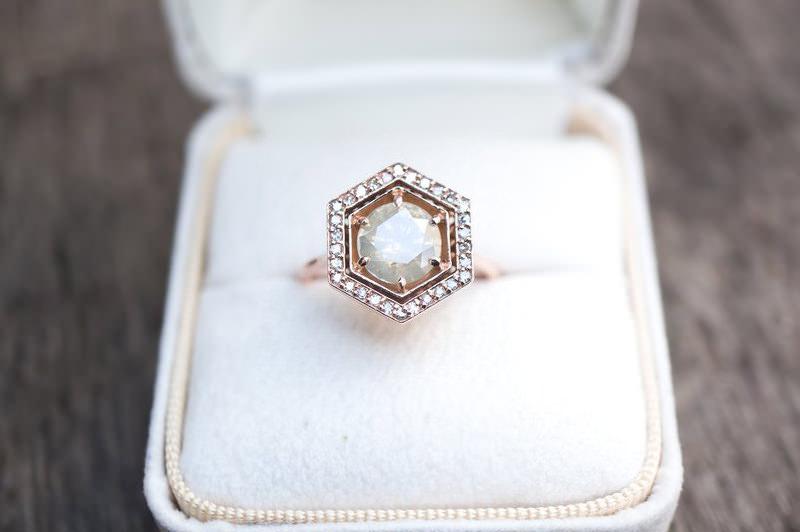 17-anel-de-noivado-hexagono