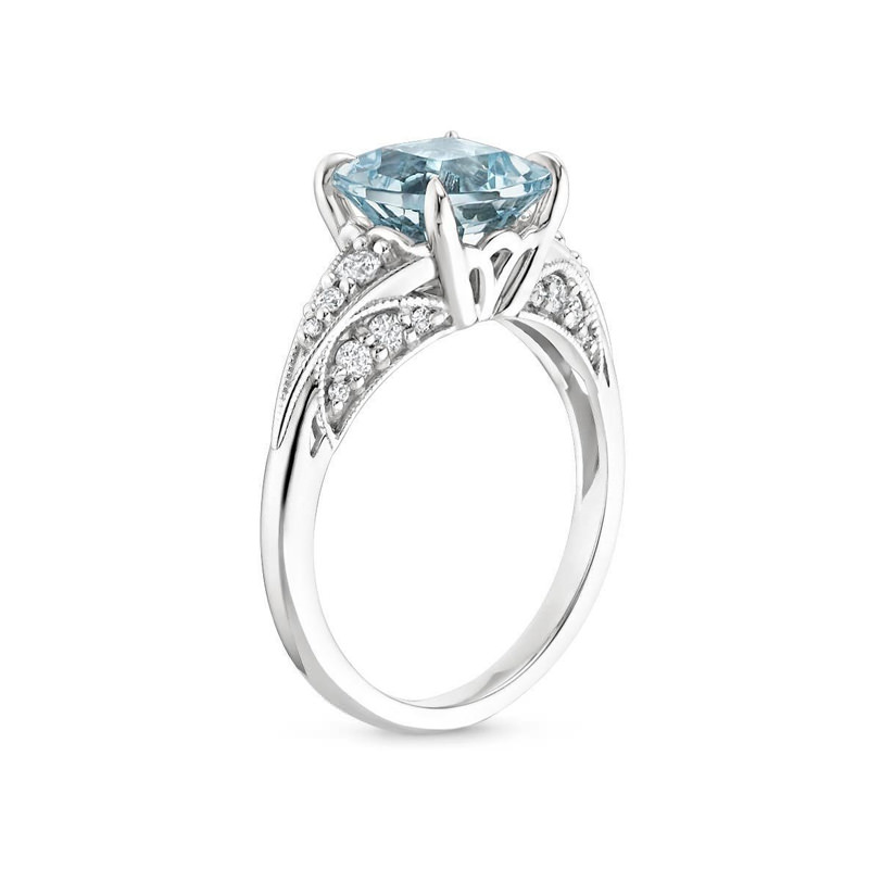 Aquamarine-Serafina-Ring-brilliant-earth