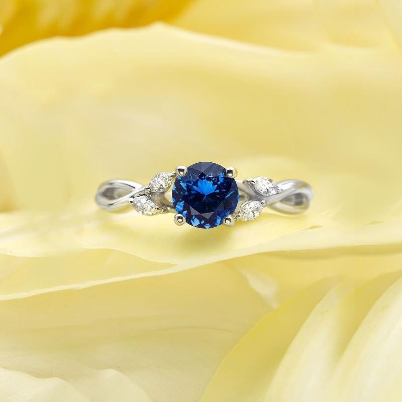 anel-de-noivado-deslumbrante-safira
