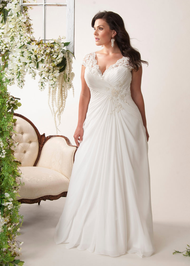 Vestido-de-noiva-com-pregas-e-renda