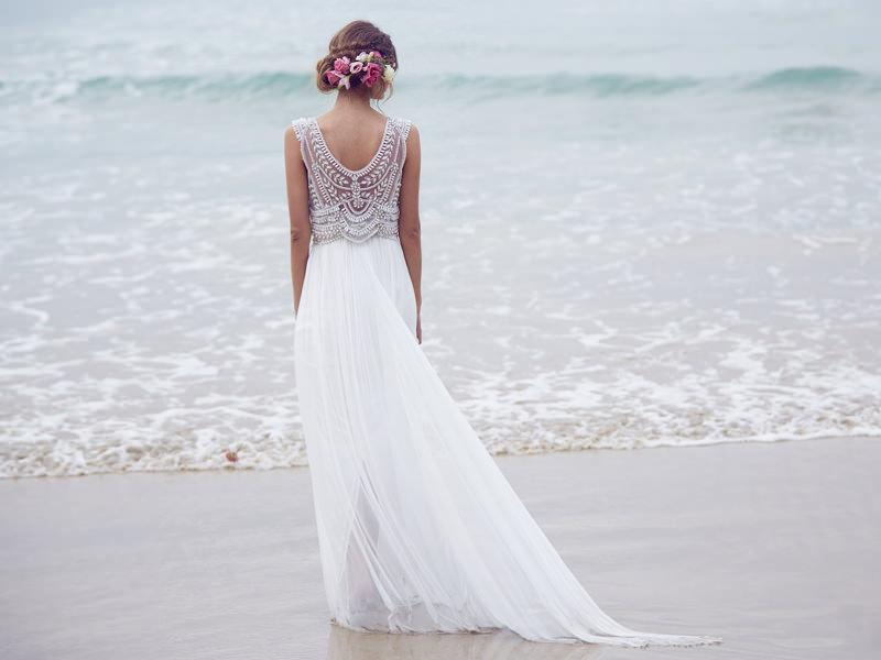 04-vestido-de-noiva-bordado-para-casamento-praia