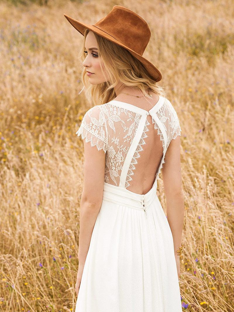 14-casamento-praia-vestido-de-noiva-detalhe-nas-costas