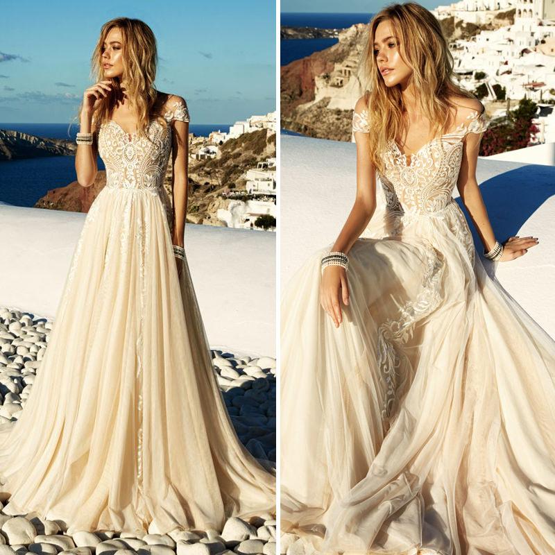 20-vestido-de-noiva-godê-para-casamento-ao-ar-livre-na-praia