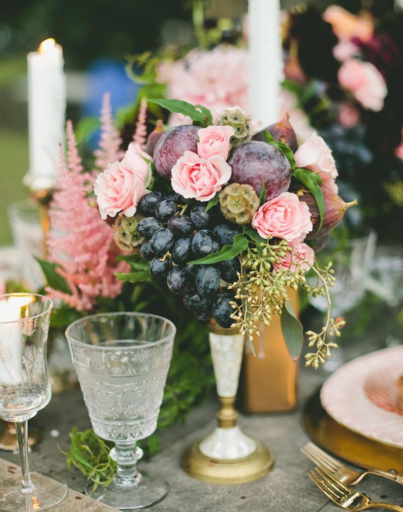 centro-de-mesa-flores-e-frutas