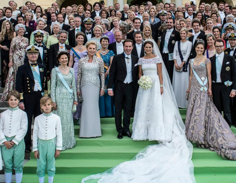 enoivado-festa-de-casamento-com-muitos-convidados
