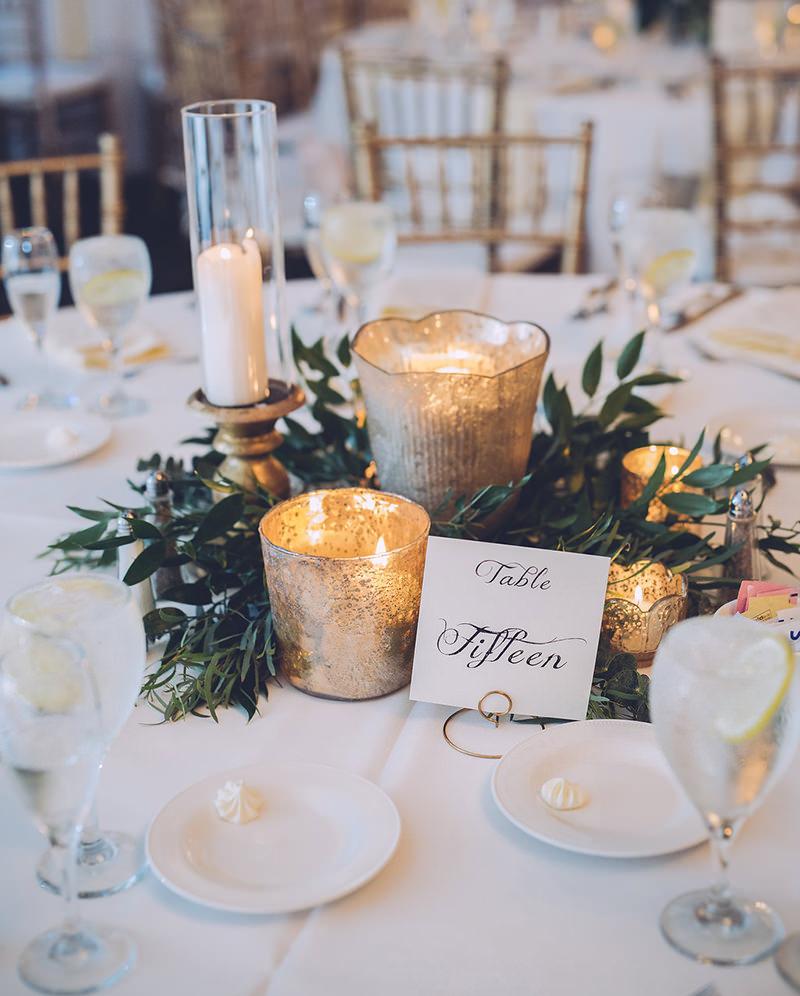 mesa-de-centro-de-casamento-com-velas
