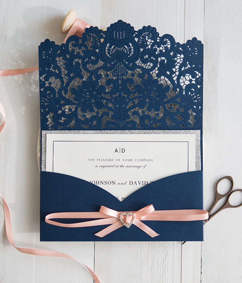 21-convite-com-recorte-floral