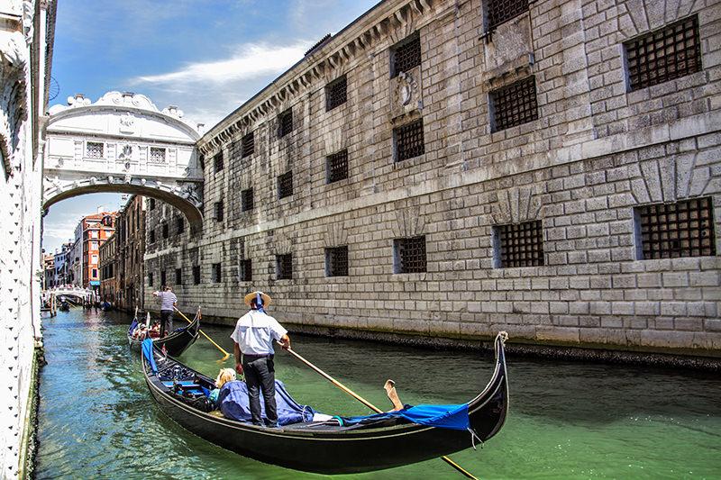 ponte-dos-suspiros-veneza-italia-viagem-de-lua-de-mel-romantica-na-italia