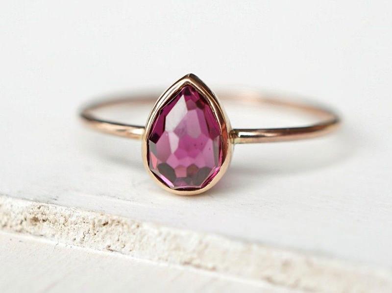 09-anel-de-noivado-minimalista-turmalina-rosa