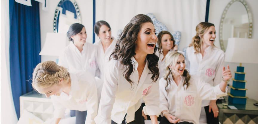 sempre-por-perto-6-maneiras-das-madrinhas-de-casamento-ajudarem-a-noiva-a-ficar-mais-calma-capa
