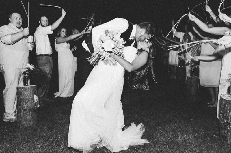 135-incriveis-fotos-de-casamento-que-parecem-obras-de-arte-beijo-apaixonado-dos-noivos-danca-dos-noivos-pode-beijar-a-noiva