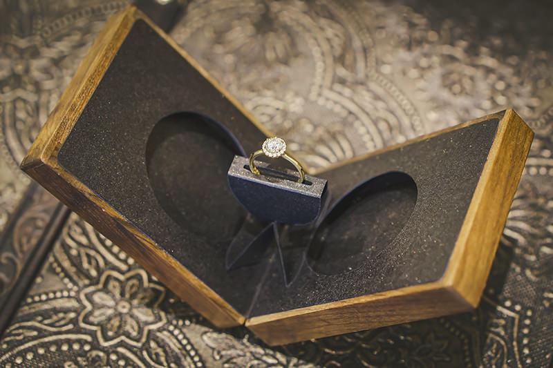 caixa-de-madeira-para-pedido-de-casamento-anel-de-noivado-essenza-estojo-origami (27)