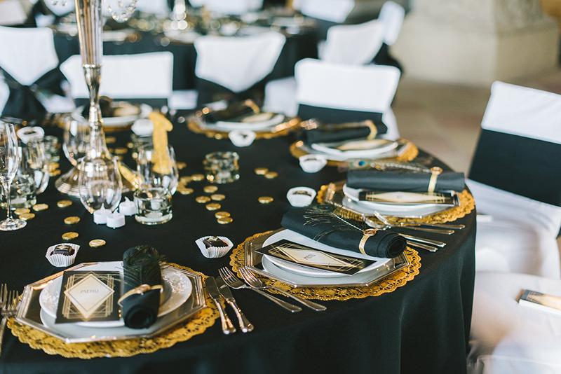 mesa-para-convidados-de-casamento-inspiracao-art-deco-preto-dourado-branco-34