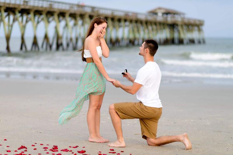 porque-o-noivo-fica-de-joelhos-pra-fazer-o-pedido-de-casamento