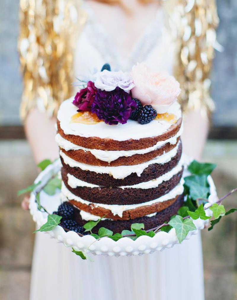 108 naked cake