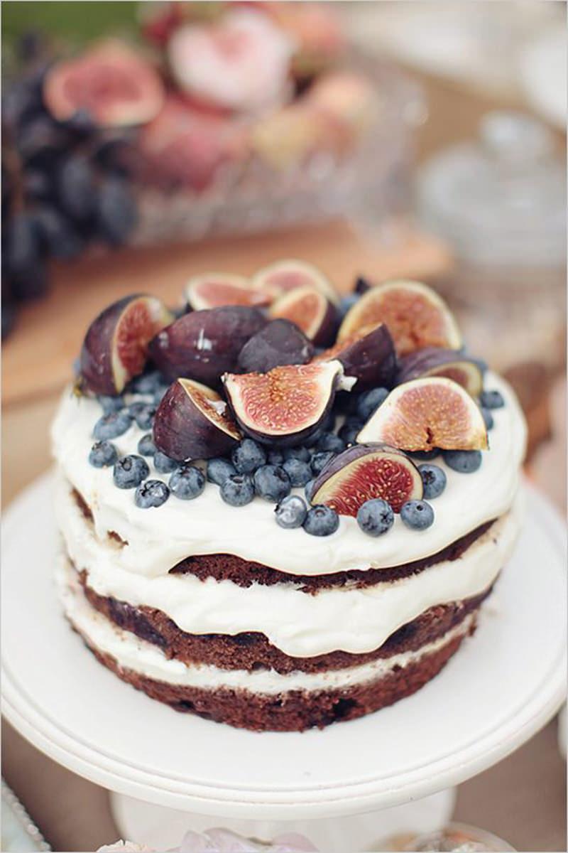 135 naked cake