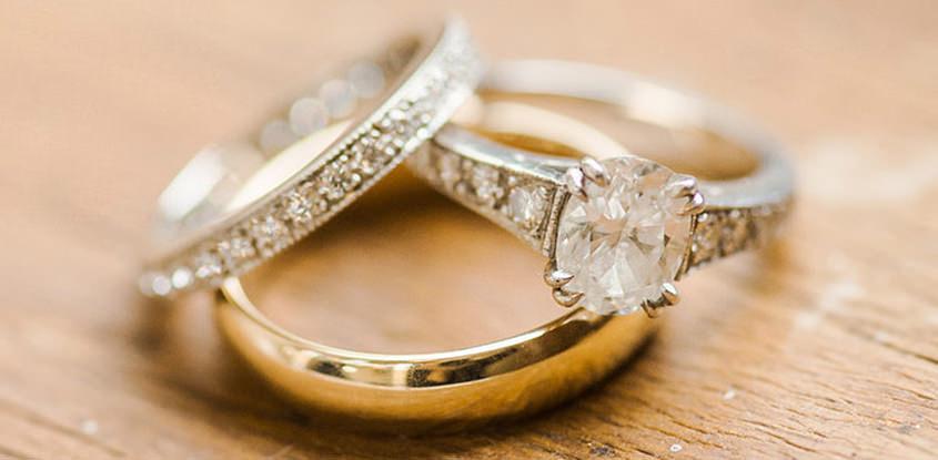 b4d4964aac9 Para os noivos  Alianças de noivado são as mesmas do casamento  - eNoivado