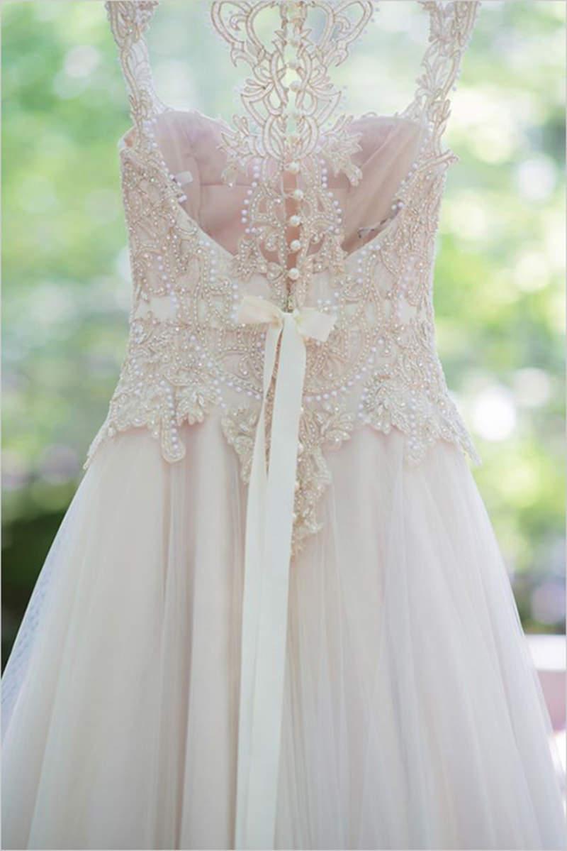 vestido-de-noiva-colorido-tom-pastel-rosa-brocado-bordado
