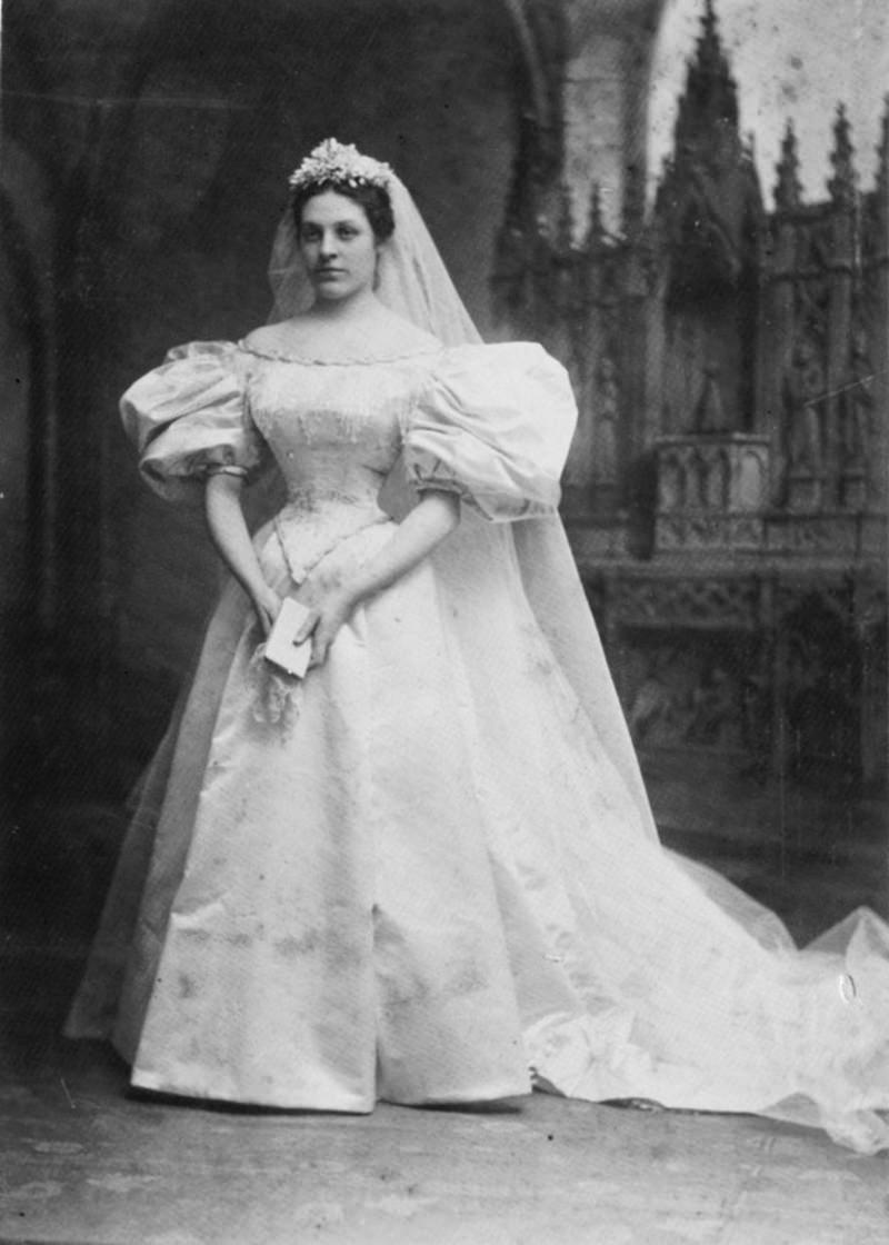 01-noiva-mary-lowry-warren-vestido-de-noiva-120-anos