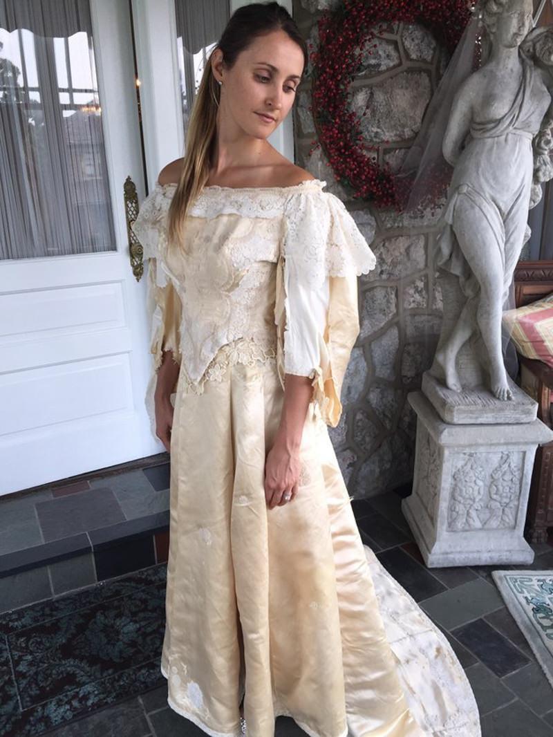 11-noiva-abigail-kingston-vestido-de-noiva-120-anos-antes-da-reforma