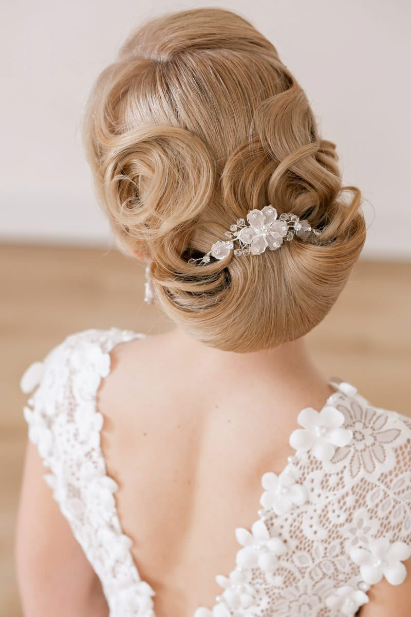 penteados-para-madrinha-de-casamento-coque-02