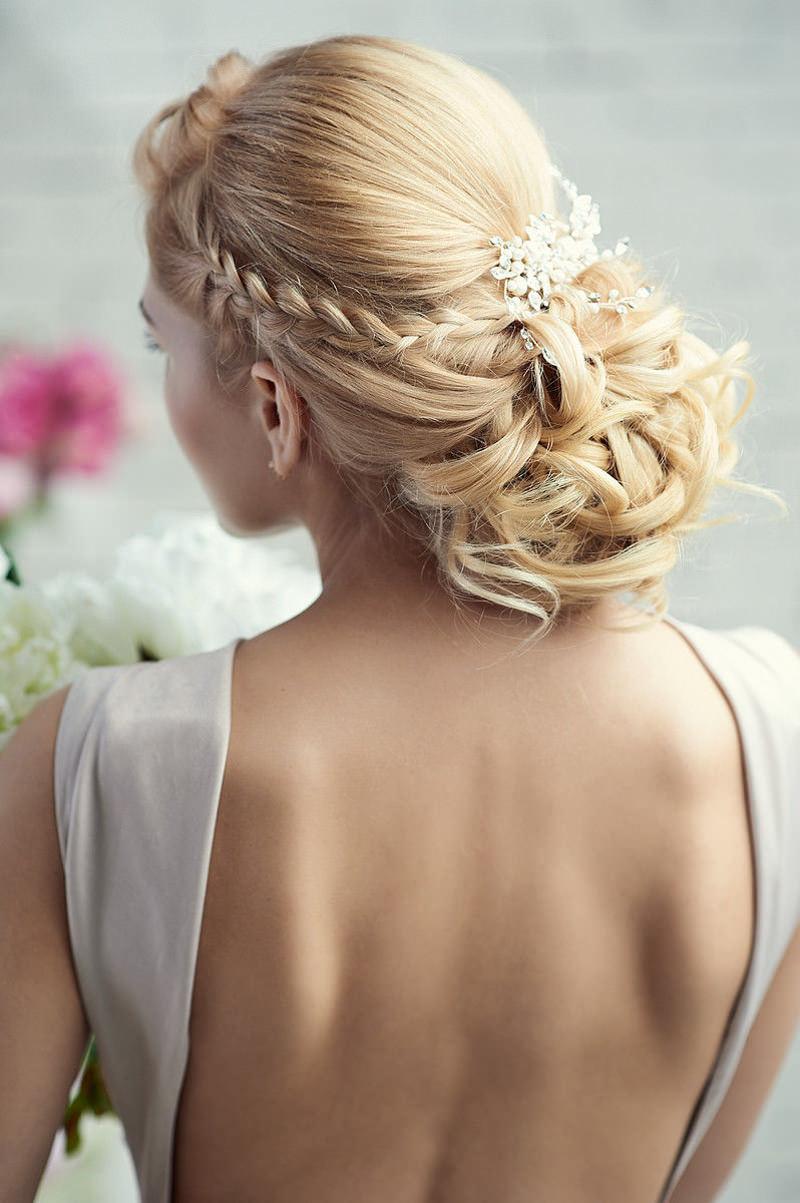 penteados-para-madrinha-de-casamento-coque-06