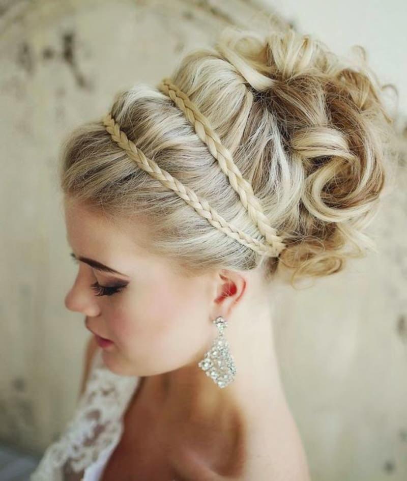 penteados-para-madrinha-de-casamento-coque-12