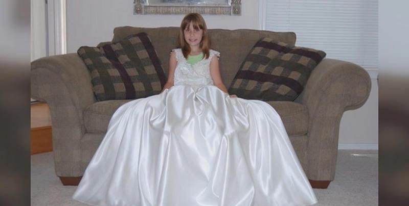 jovem-vestido-de-noiva-mae-8-anos