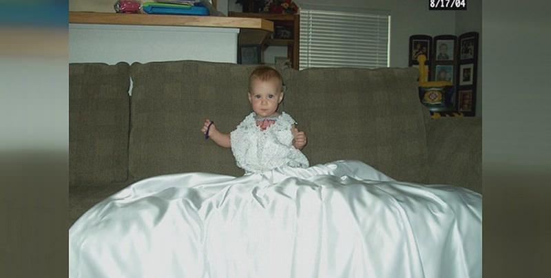 menina-vestido-de-noiva-mae-1-ano