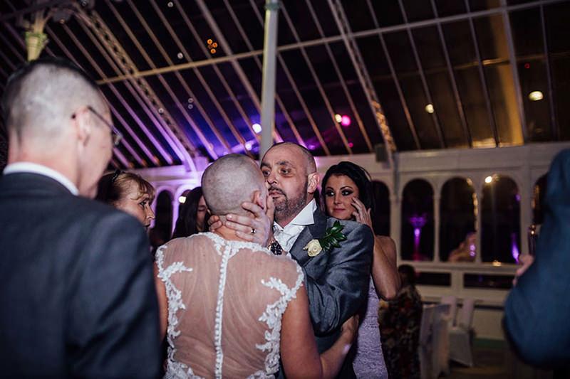 21-casamento-noiva-raspa-cabeça-homenagem-noivo