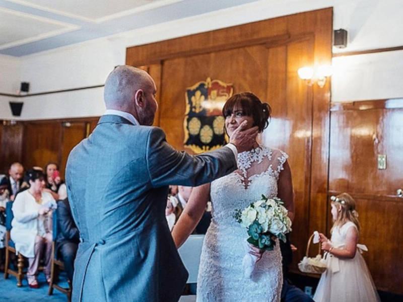 7-casamento-noiva-raspa-cabeça-homenagem-noivo