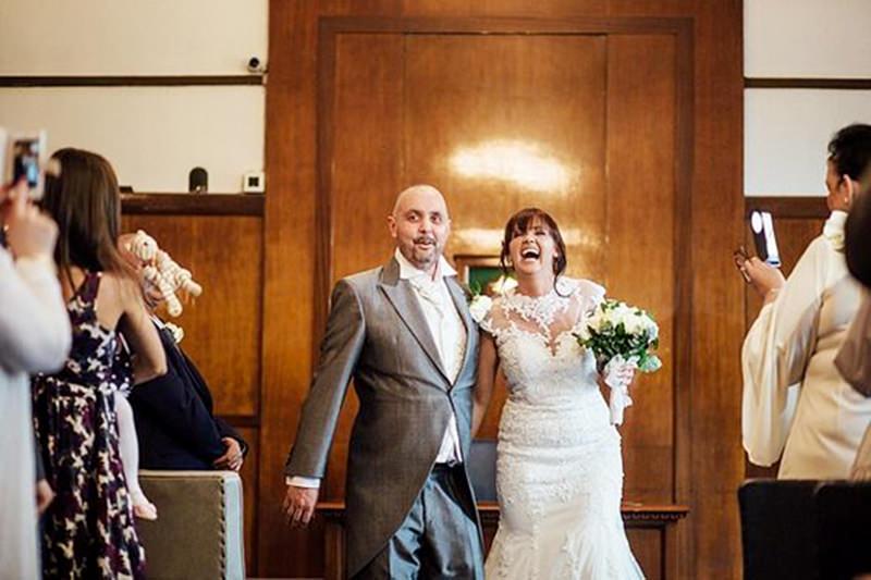 8-casamento-noiva-raspa-cabeça-homenagem-noivo