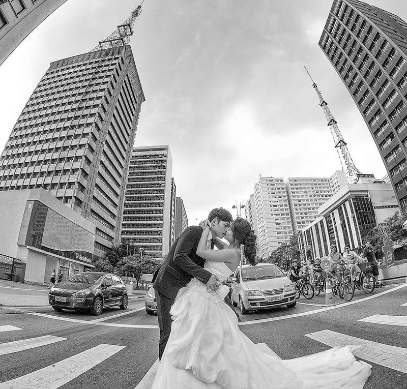 avenida-ensaio-casal-trash-the-dress