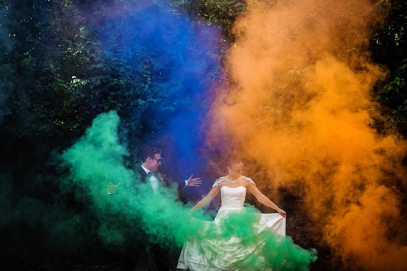 casamento-fumaça-colorida
