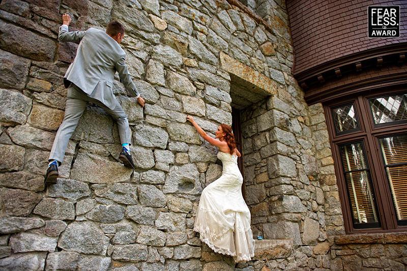 escalada-casal-noivo-ensaio-trash-the-dress