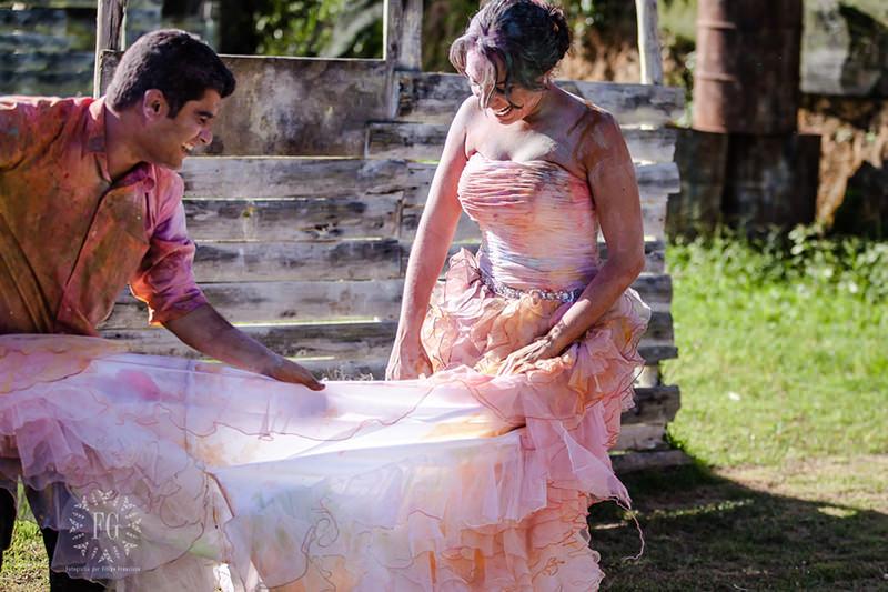 vestido-noiva-noivo-trash-the-dress-casal