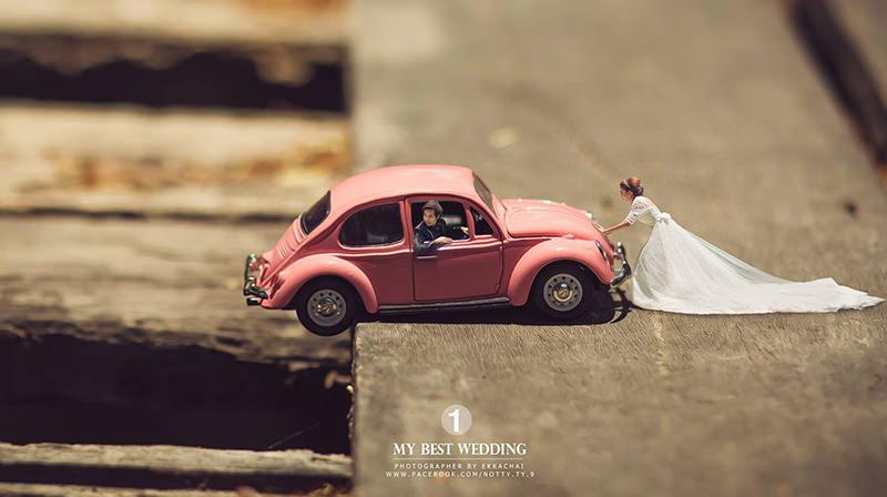 fotos-casamento-mini-noiva-noivo-fusca-rosa