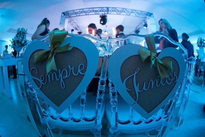 sempre-juntos-casamento-placa-cadeira-noivos
