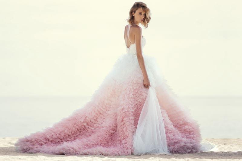 12-customizacao-vestido-de-noiva-efeito-degrade-dip-dye