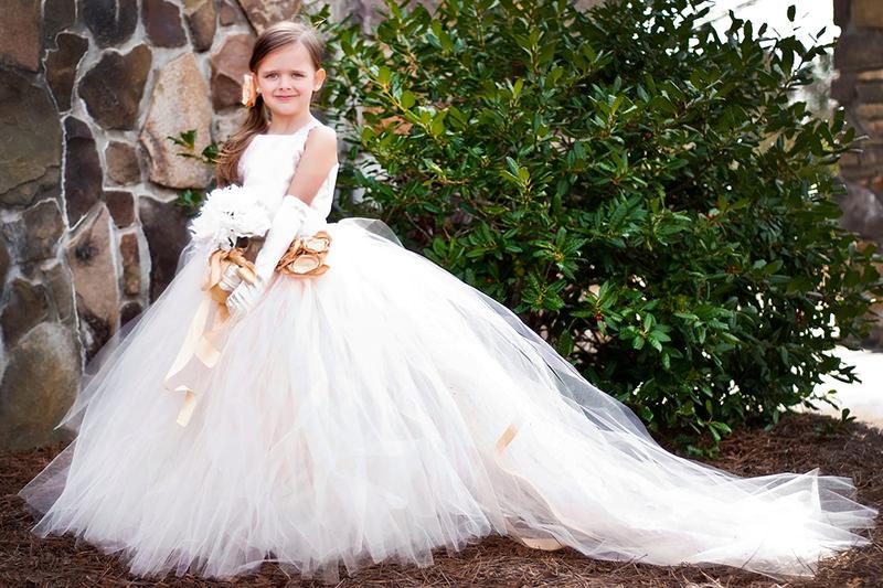 vestido-de-princesa-para-daminhas-de-casamento