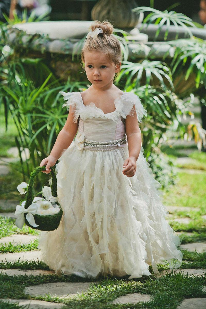 vestido-para-daminha-de-casamento