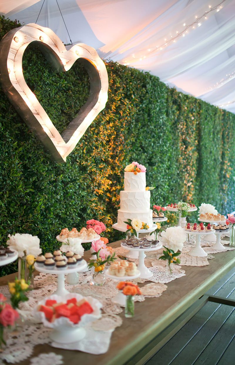 inspiracao-para-mesa-do-bolo-de-casamento-mesa-dos-doces-decoracao-da-mesa-do-bolo-de-casamento19