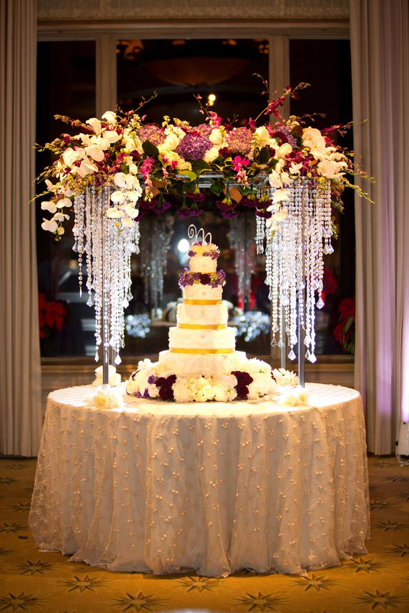 inspiracao-para-mesa-do-bolo-de-casamento-mesa-dos-doces-decoracao-da-mesa-do-bolo-de-casamento21