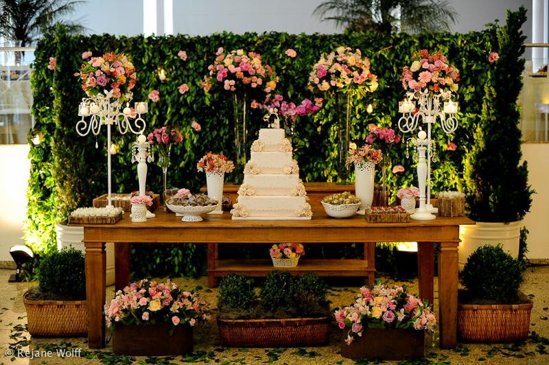 casamento Mesa de bolo simples